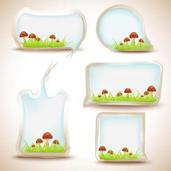 Vector set of speech bubbles with mushrooms in the grass - vector gratuit #132294